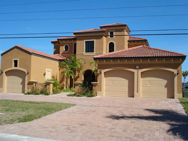 House american dream vacation rentals cape coral and for American dream homes